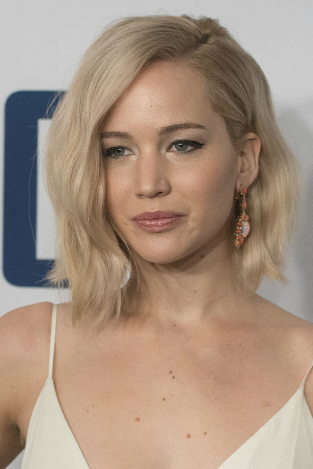 20 Hairstyles for Short Hair You Will Want to Show Your ...